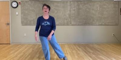"""Learning Tai Chi with Suzanne """"Walking Seaweed"""" (part one of three)"""